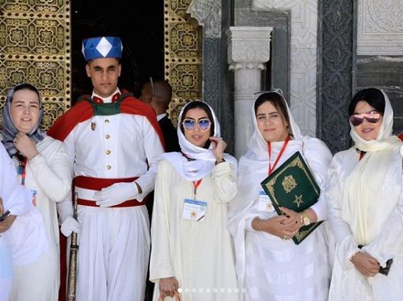 دنيا بطمة في زيارة خاصة لضريح الملك محمد الخامس