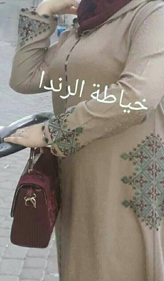 جديد الجلابة المغربية الصيفية بفن الراندة والطرز
