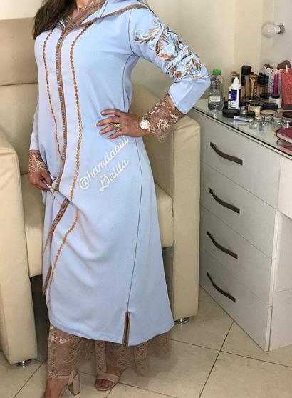 شكيلات جديدة وراقية من الجلابة المغربية بتطريزات كتحمق