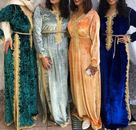 موديلات مميزة من القفطان المغربي بثوب الموبرة