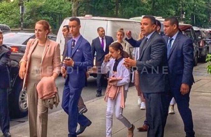 بالصورة.. ظهور الأميرة لالة سلمى و نجليها في مانهاتن بنيويورك