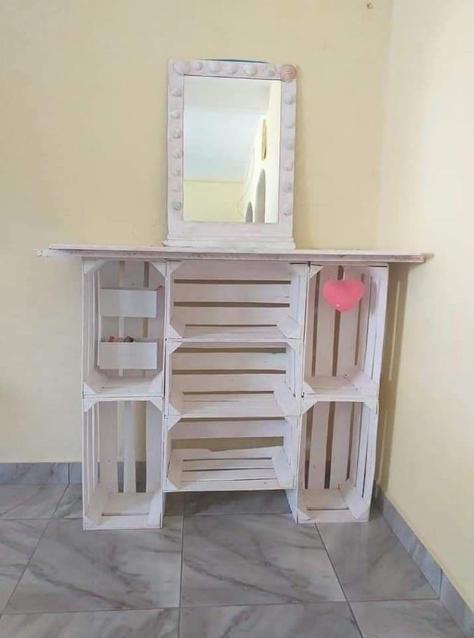 بالصور ..استخدام صناديق الخشب كأثاث للمنزل