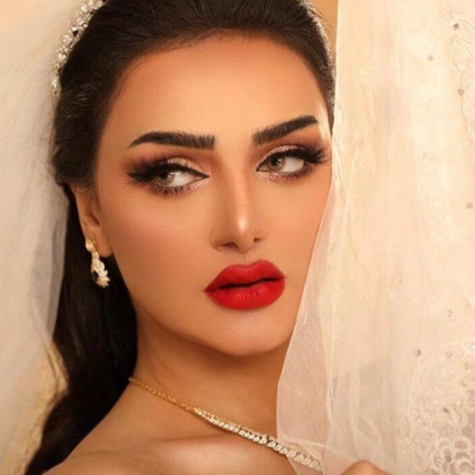 سناء قصوري خبيرة التجميل المغربية