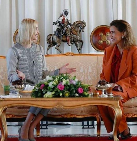 الأميرة لالة مريم تستقبل إيفانكا ترامب والأخيرة تخطف الأنظار بالجبادور المغربي (صور)