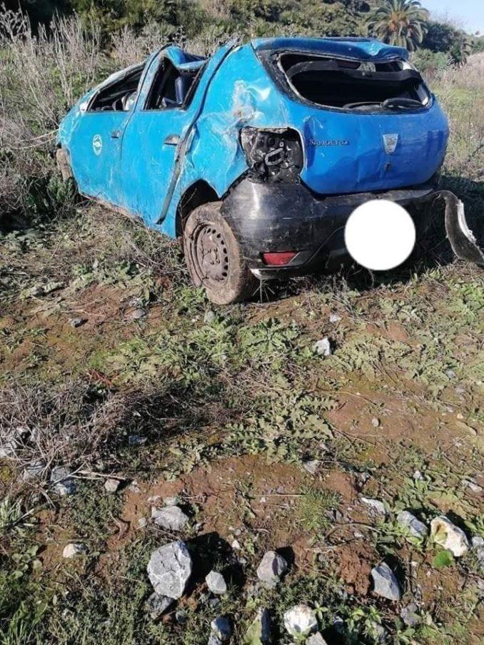 بالصور.. سائق سيارة أجرة يقتل زميله ويلقي بسيارته في منحدر واد أبي رقراق