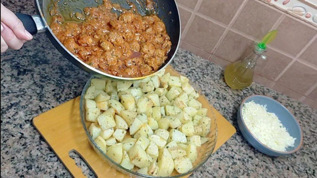 وجبة سهلة ولذيذة للسحور بالبطاطس الزعتر والكفتة