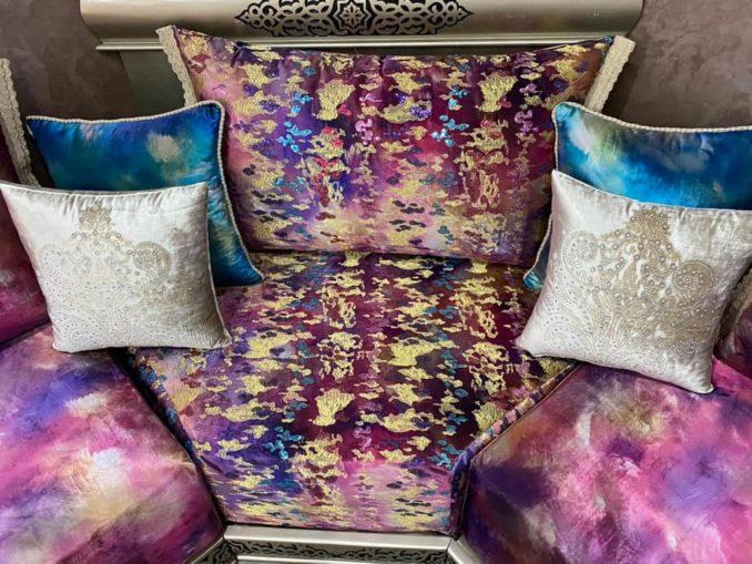 جديد الصالونات المغربية بألوان متناسقة ومبهجة