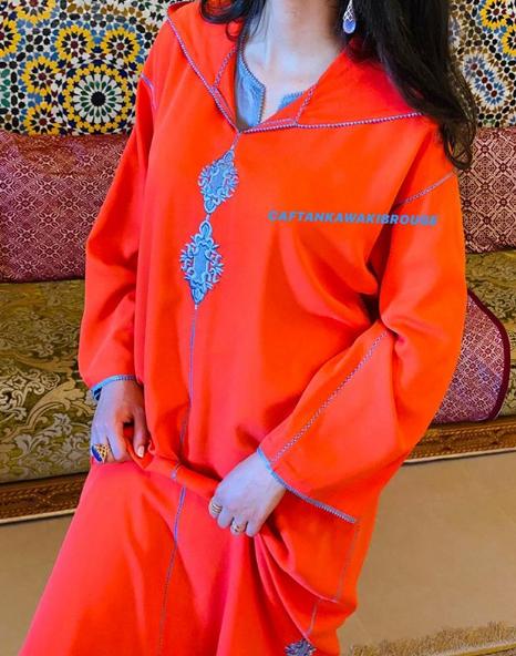 تشكيلة راقية من الجلابة المغربية بالطرز والراندة