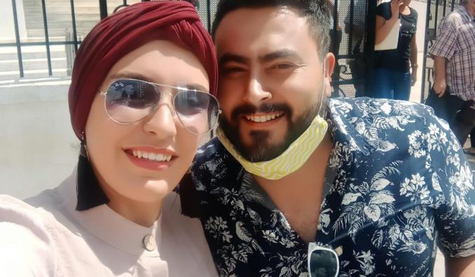 بعد طلاقهما.. زوجان يوثقان آخر لحظات الانفصال بسيلفي بتونس