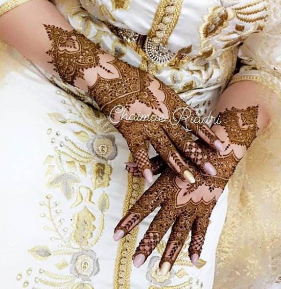 مجموعة مميزة من نقوش الحناء الخاصة بالعرائس
