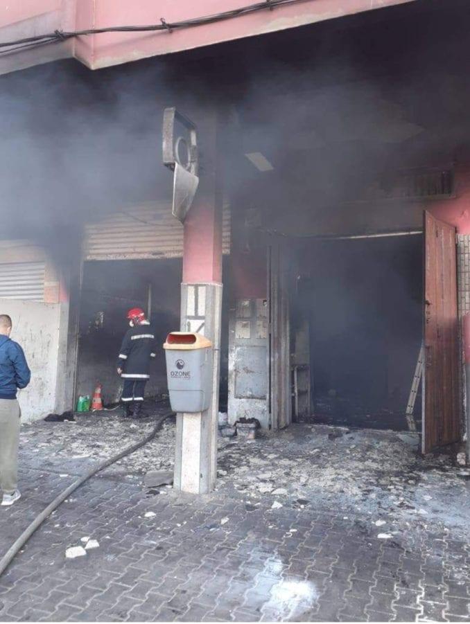 انفجار شاحن هاتف داخل سيارة يثير الهلع في سكان الحي بمدينة الصويرة
