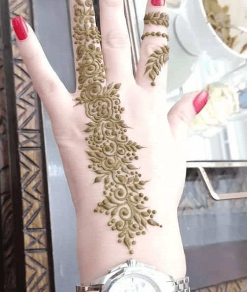 تشكيلة من النقش الفاسي للعرائس