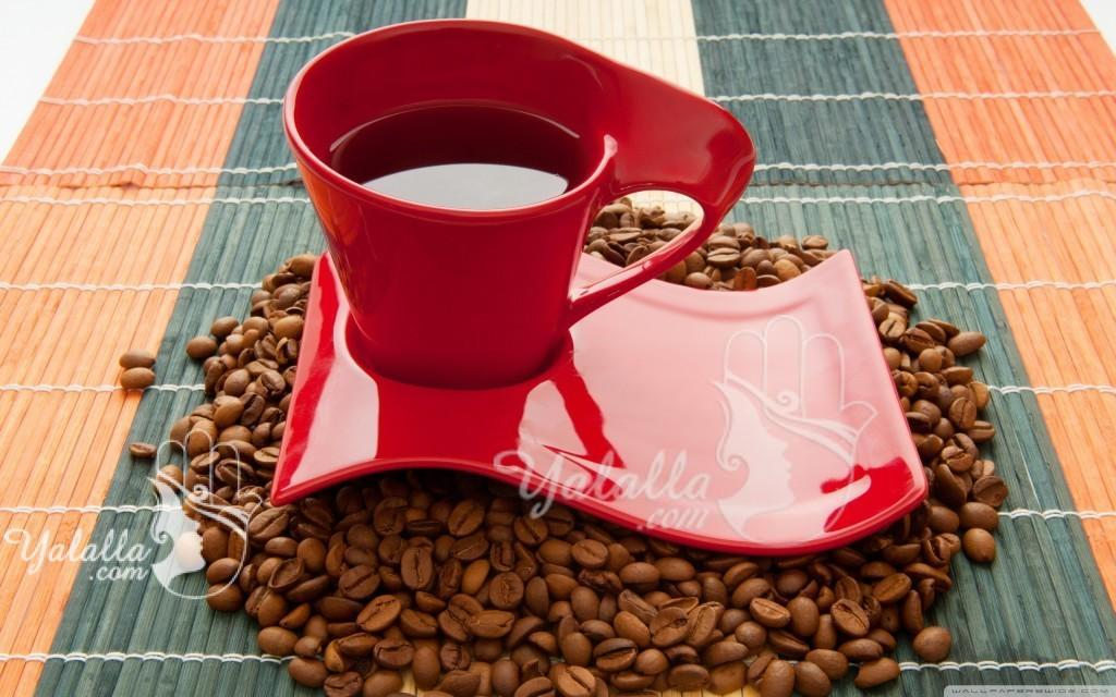 Red-Coffee-Cup-Wallpaper-cups-and-dishes-28466310-2560-1600