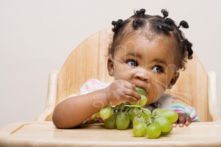 هل تعلم ما هو اول وافضل طعام يمكن ان تبدا فيه لطفلك !!