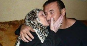 """أعاد الفنان العراقي كاظم الساهر نشر صورة أمه المتوفية، معلقا عليها """"الله يرحمك يا ست لحبايب"""""""