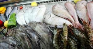 دليل و نصائح لإختيار السمك و فواكه البحر