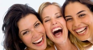 دراسة: تعرفوا على لغة الإبتسامة وتأثيرها في الآخرين