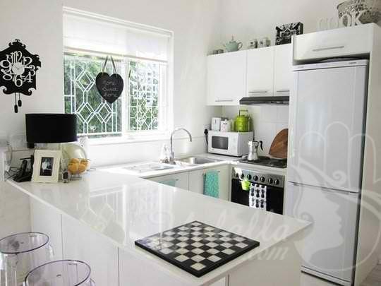 تصاميم مطابخ أنيقة للمنازل الصغيرة   (7)