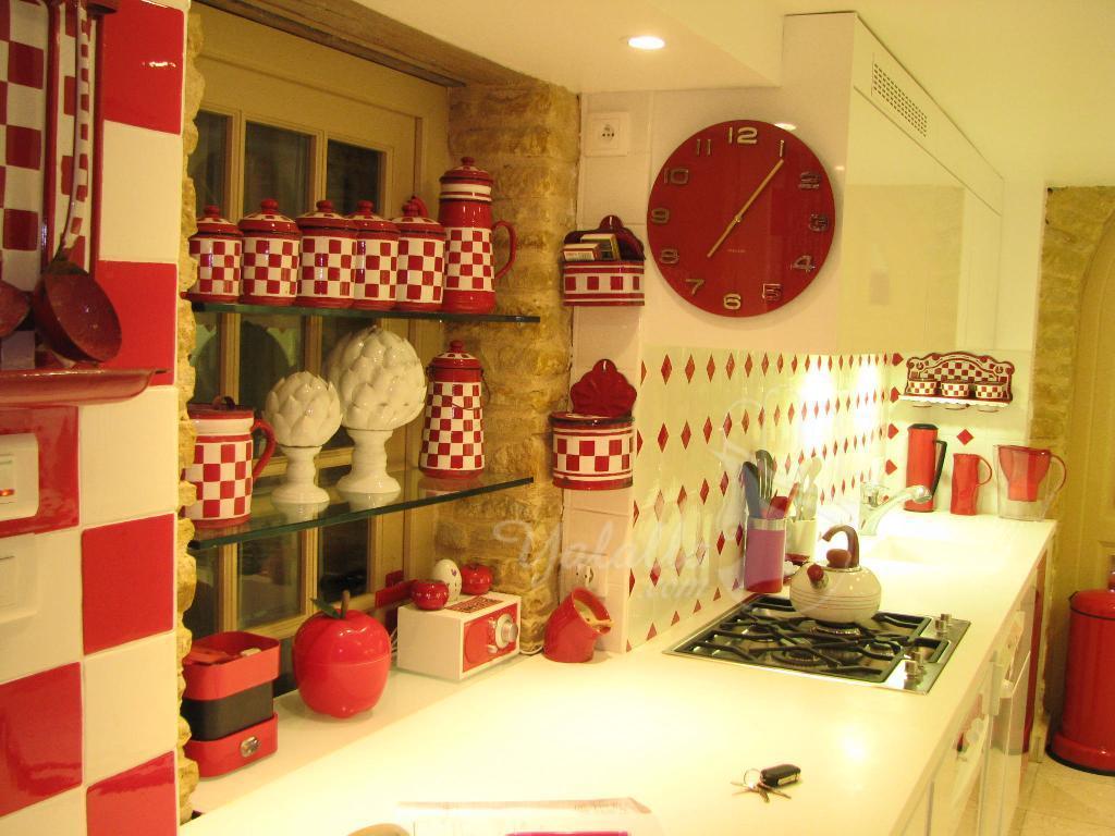for Cuisine rouge et blanc