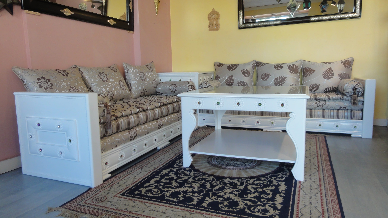 awesome salon marocain blanc moderne photos. Black Bedroom Furniture Sets. Home Design Ideas