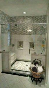 حمقوني هاد الحمامات...اشمن ديكور أشمن تاويل و بأبسط الأشياء