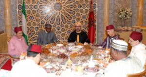 الملك محمد السادس يفاجئ الشعب المغربي بنحافة ملحوظة في اخر ظهور له رفقة ولي العهد