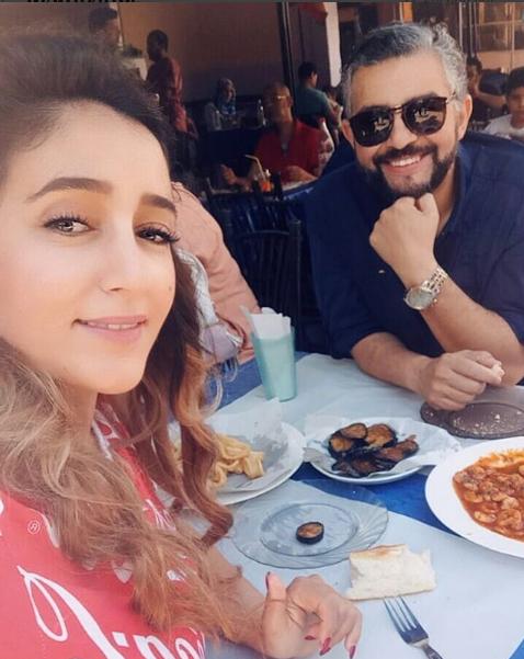 كليلة بونعيلات تنشر صورة رفقة زوجها لاول مرة