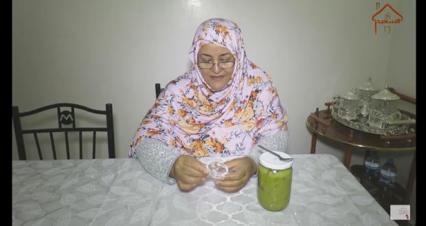 الاخت خديجة الصحراوية تقدم وصفة ب 5 دراهم لعلاج البواسير نهائيا