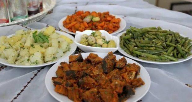 السلطات التي لاأستغني عنها يوم العيد مرافقة للحم لذيذة وتساعد على الهضم