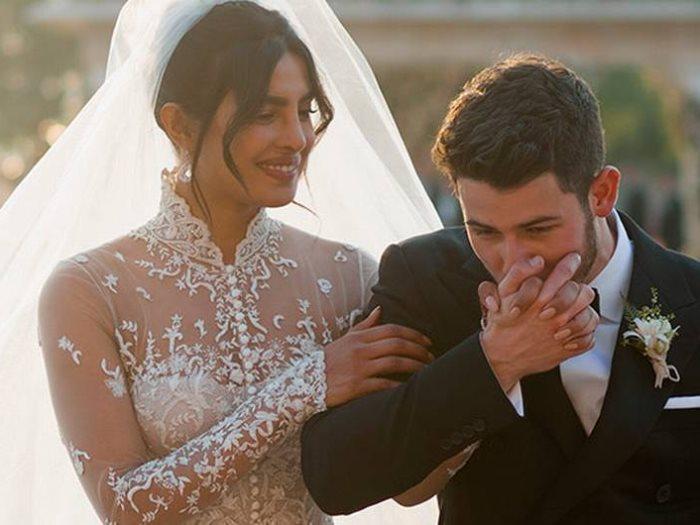 صور زفاف بريانكا تشوبرا التي أخفتها عن الجمهور.. فستان العرس لا يوصف!